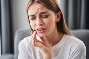 Girl with dental pain